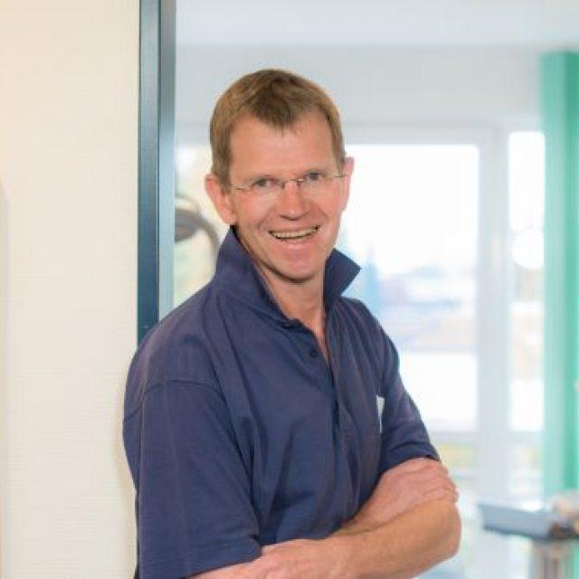 Dr. Dr. Uwe Bötel